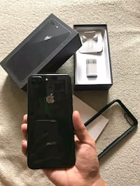 Iphone 8plus for sale its comes with all the acces Texas