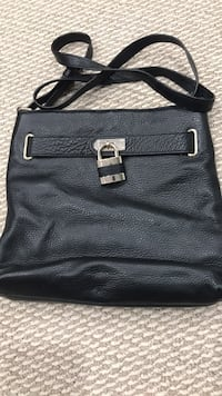 Danier Black crossbody bag Brampton, L6X 3G1
