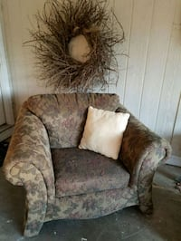 brown and gray floral fabric sofa chair Pineville, 71360