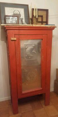 Antique cabinet Arlington, 22202