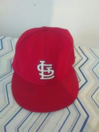 red and white fitted cap Columbia, 29209