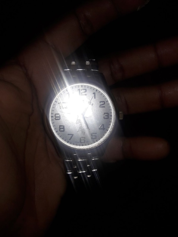 26984b4e656d Used round silver analog watch with link bracelet for sale in Immokalee -  letgo