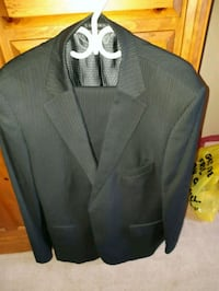 Dark Grey Suit. Very Good Condition Hamilton, L9A 5J2