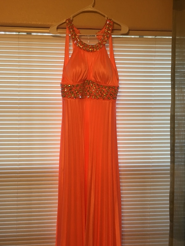 a56ef919f65 Used Prom Dress for sale in Tampa - letgo