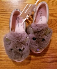 NEW CAT AND JACK PINK GRAY SILVER SHOES Lexington, 40505