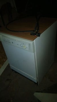 General electric portable dishwasher Springfield, 65807