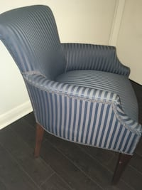 Beautiful Accent Chair Toronto, M1R 1Z6