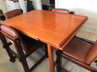 Dining room table and chairs Lincoln, L0R