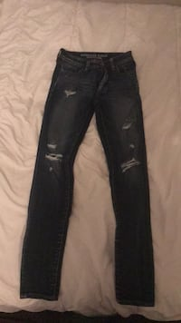 Women's size 0 American eagle jeans  Windsor, N8P 1K5