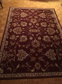 red and white floral area rug selling both Mississauga, L5B 4E6