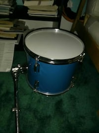 blue and white drum