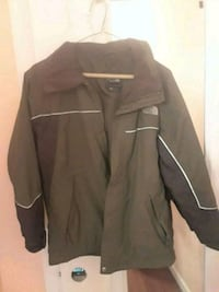 Olive windbreaker boys Size L. Fairfax, 22030