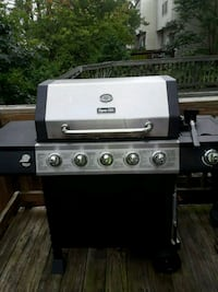 black and gray gas grill Centreville, 20120