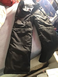 Boys brand new snow pants 10-12 Alexandria, 22306
