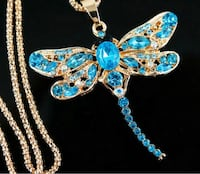 NEW Betsey Johnson Blue Crystals Dragonfly Pendant With long chain Oshawa, L1J 8N4