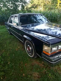 Cadillac - Fleetwood - 1980 Mount Airy, 21771