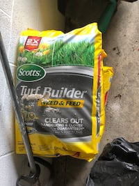 Scott's turf builder weed and feed :clear out Rockville, 20852