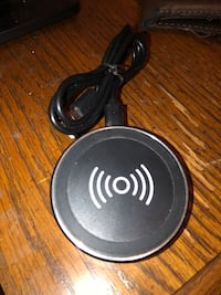 Wireless charger Anker