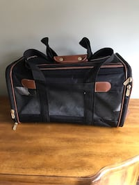 The Original Sherpa Pet Carrier Calgary, T2Y 3A1