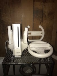 Nintendo Wii w/ 17 games and accessories  Calgary, T2Z 3G7