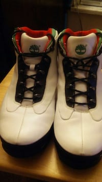 pair of white green and red timberland sneakers Whitehall, 43213