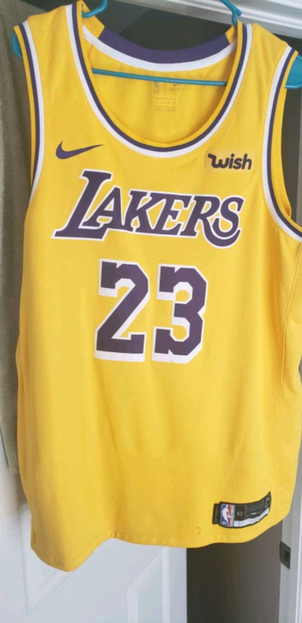 low priced 9bc9a af441 Lebron James XL Lakers jersey