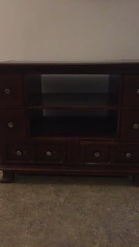 brown wooden 3-drawer chest Falls Church, 22046
