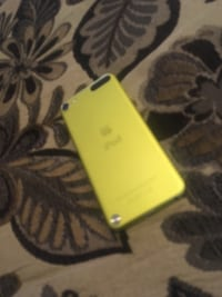 iPod Touch 5 64 GB(Negotiable) London, N6J 3T4