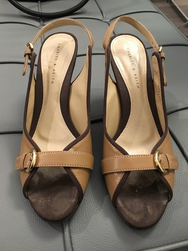 Charles & Keith (size 6.5) d9caf04f-8d2d-4b5a-9c27-63be795e2520