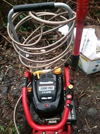 Pressure washer in new shape used only a few times Port Coquitlam, V3B 6C8