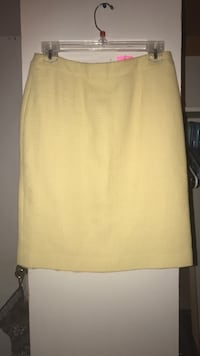 Yellow pencil skirt size 2 new with tags
