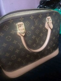 Lv alma  used condition Brooklyn, 11215