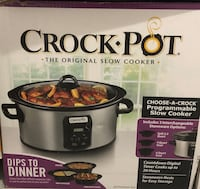 Crock-Pot® Choose-A-Crock Programmable Slow Cooker Surrey, V3S 9G9