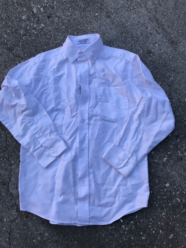 blue button-up long-sleeved shirt
