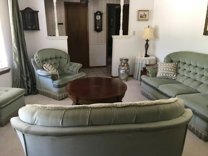 Living room set: couch, loveseat, chair 5