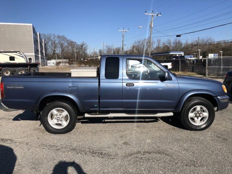 2000 Nissan Frontier King Cab for sale d9bfa941-bc27-449a-8919-49f0a07d25b9