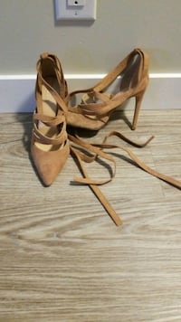 pair of brown leather open-toe heeled sandals Winnipeg, R3Y 0T2