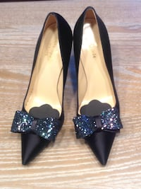 Pair of women's silk Kate Spade pumps 4 km