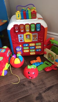 Toddler's assorted learning toys Vaughan, L4J