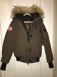 Canada Goose Coat London, N5X 2C9