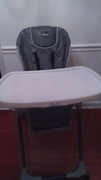 Chicco polly adjustable high chair Philadelphia, 19135