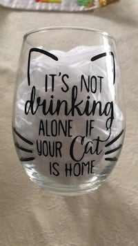 Wine glassware custom made for those who love cats