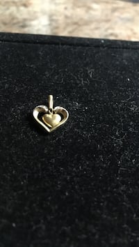 gold-colored heart pendant Peterborough, K9J 4B6