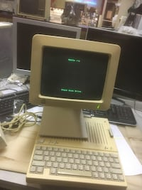 Early apple computer. Still works!