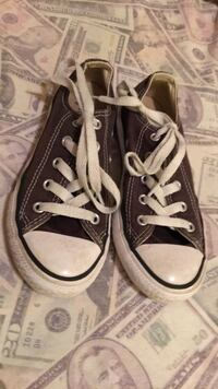 Pair of dark grey kids converse size 13  all star low top sneakers Gulfport, 39503