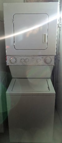 WHIRLPOOL STACKABLE WASHER AND DRYER FOR SALE!  Toronto
