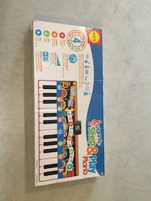 Step and play piano BIG