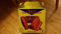 Woodstock high quality kids accordian
