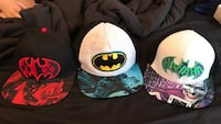 three assorted-color with Batman-printed fitted caps Osprey, 34229