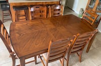 Wood Kitchen Table and 6 plush chairs Sherwood Park